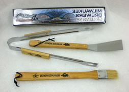 MILWAUKEE BREWERS GRILLING SET 3 PIECES - NEW IN BOX TAILGAT