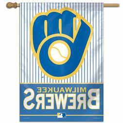 MLB Milwaukee Brewers Ventage Glove House Flag